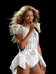 Beyoncé performs in Montreal. Photo via Wikipedia.